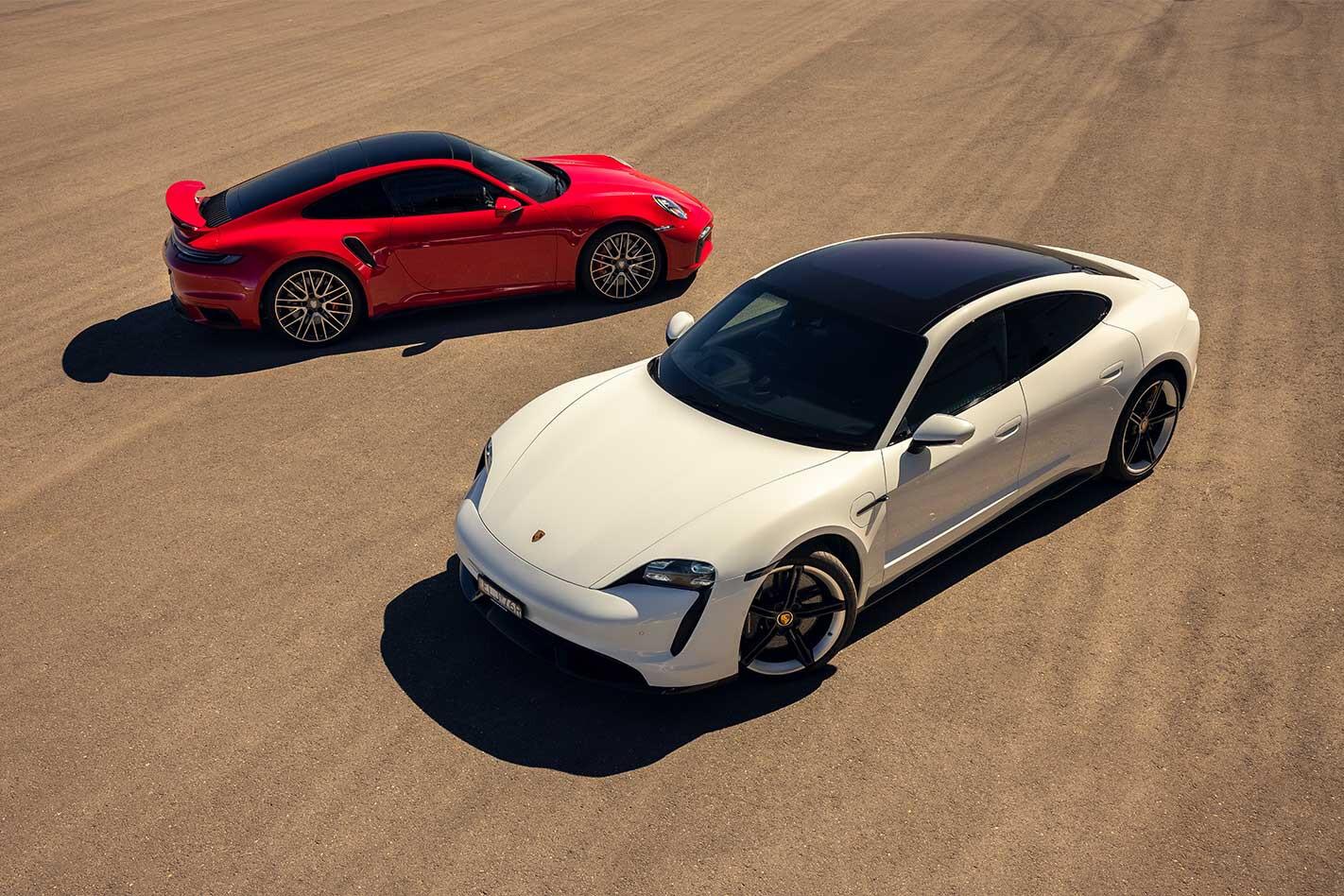 Porsche 911 Turbo vs Porsche Taycan Turbo S