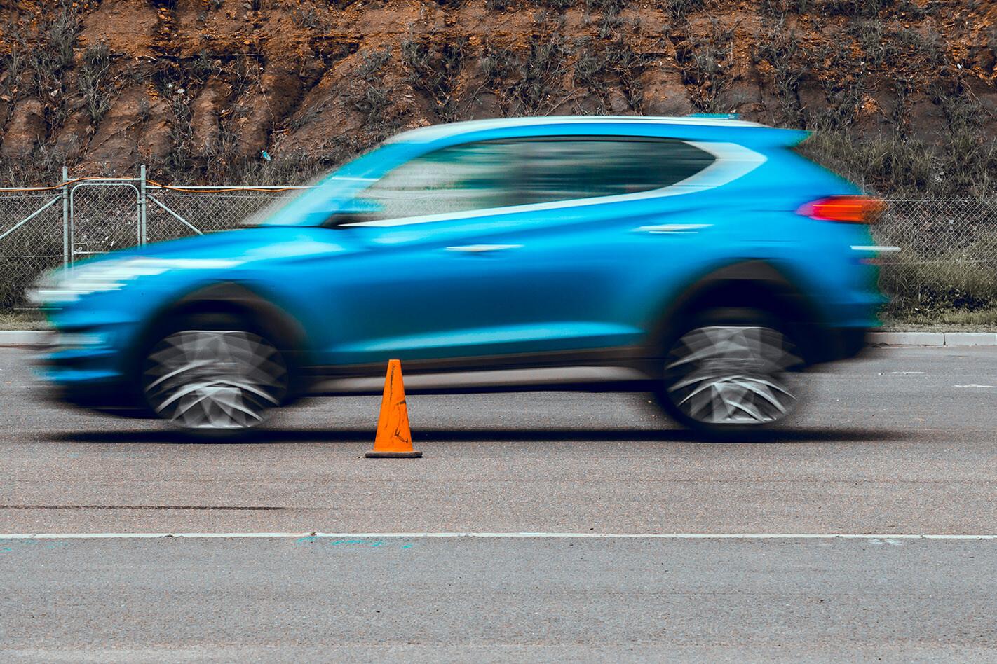 2020 Wheels Tyre Test Dry Braking Jpg