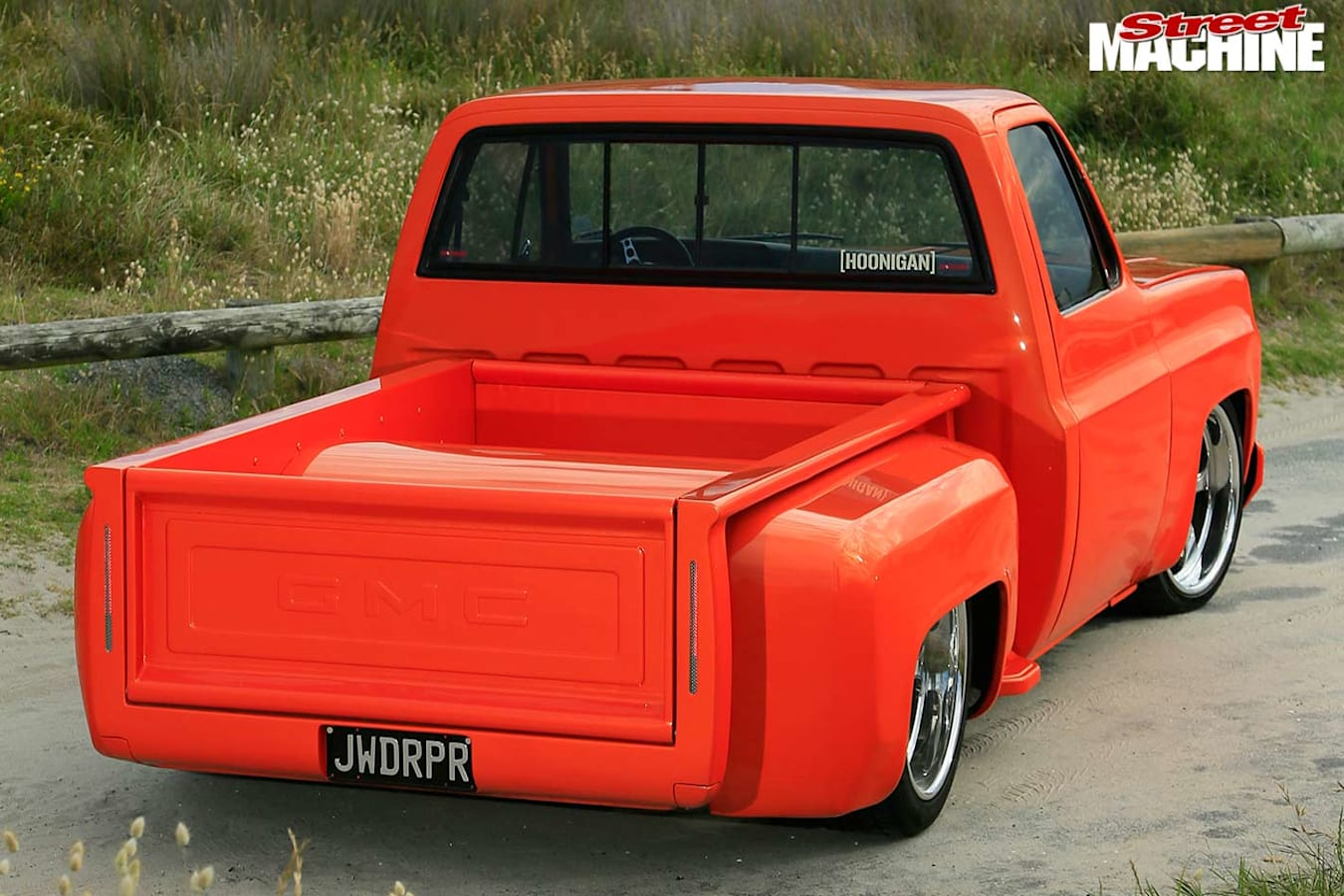 C10 stepside pick-up rear
