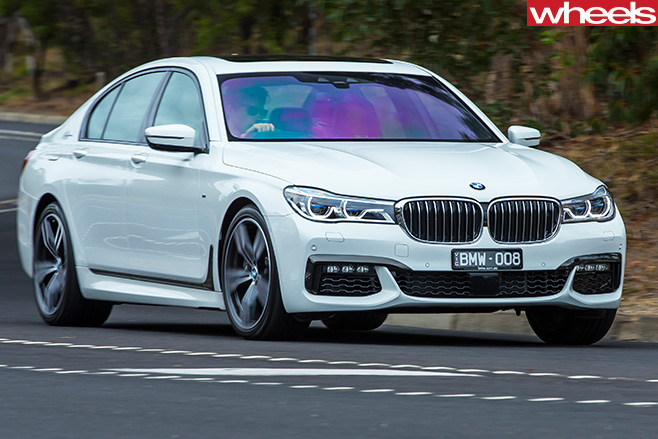 BMW-750i -driving -front -side