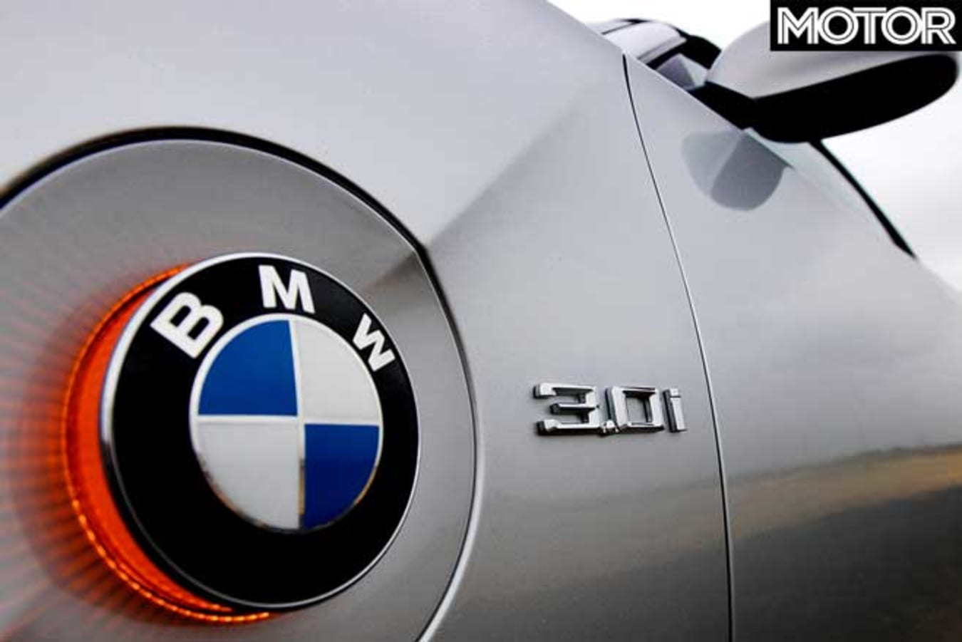 Performance Car Of The Year 2004 Introduction BMW Z 4 Badge Jpg