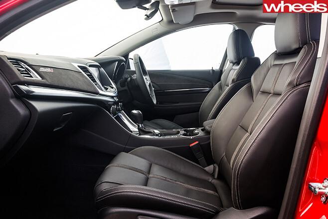 Holden -Commodore -SS-V-Redline -interior