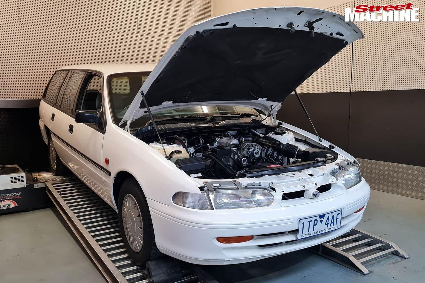 Carnage Toyota Lexcen 1 1 Jpg