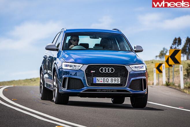 Audi -RS-Q3-driving -quattro