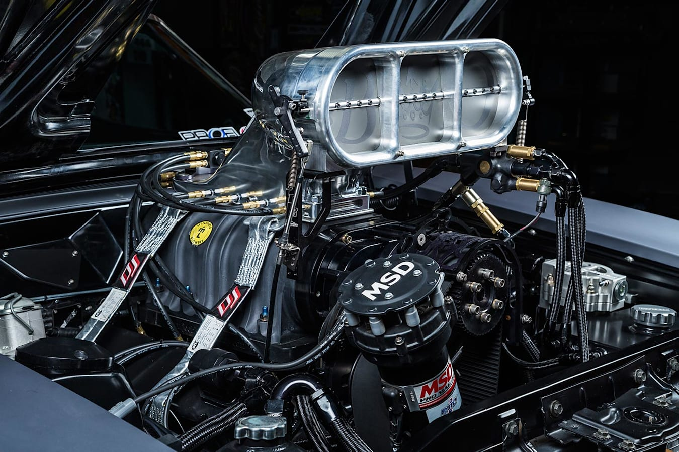 Ford Falcon XA coupe engine