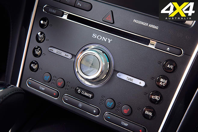 Ford explorer buttons