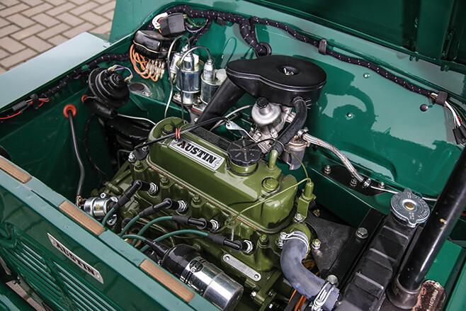 Austin-Morris Mini Moke engine