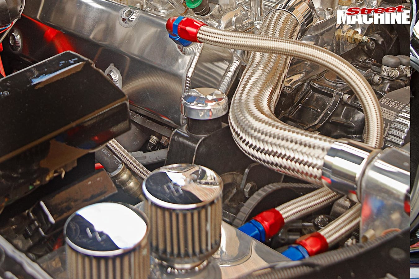 Holden VN Commodore engine
