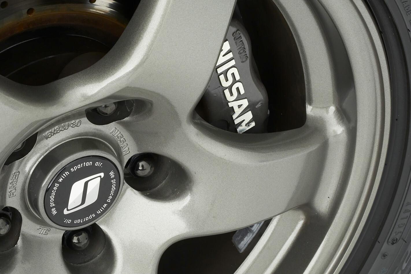 1991-Nissan-Skyline-GT-R-wheel.jpg