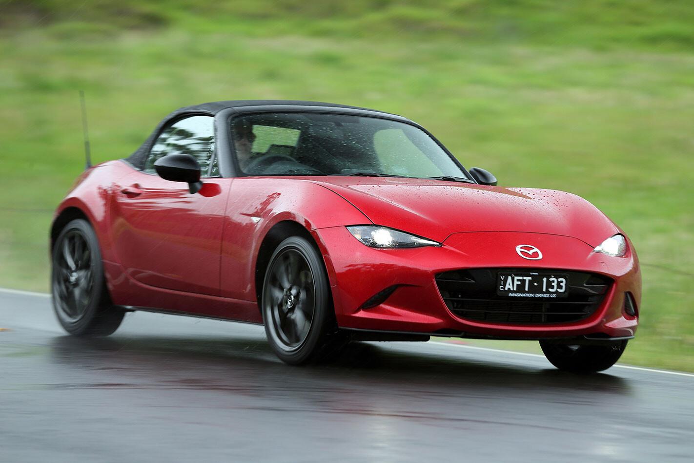 Mazda -MX-5-2.0-litre -driving