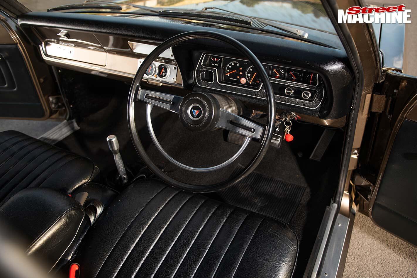 chrysler VG valiant interior
