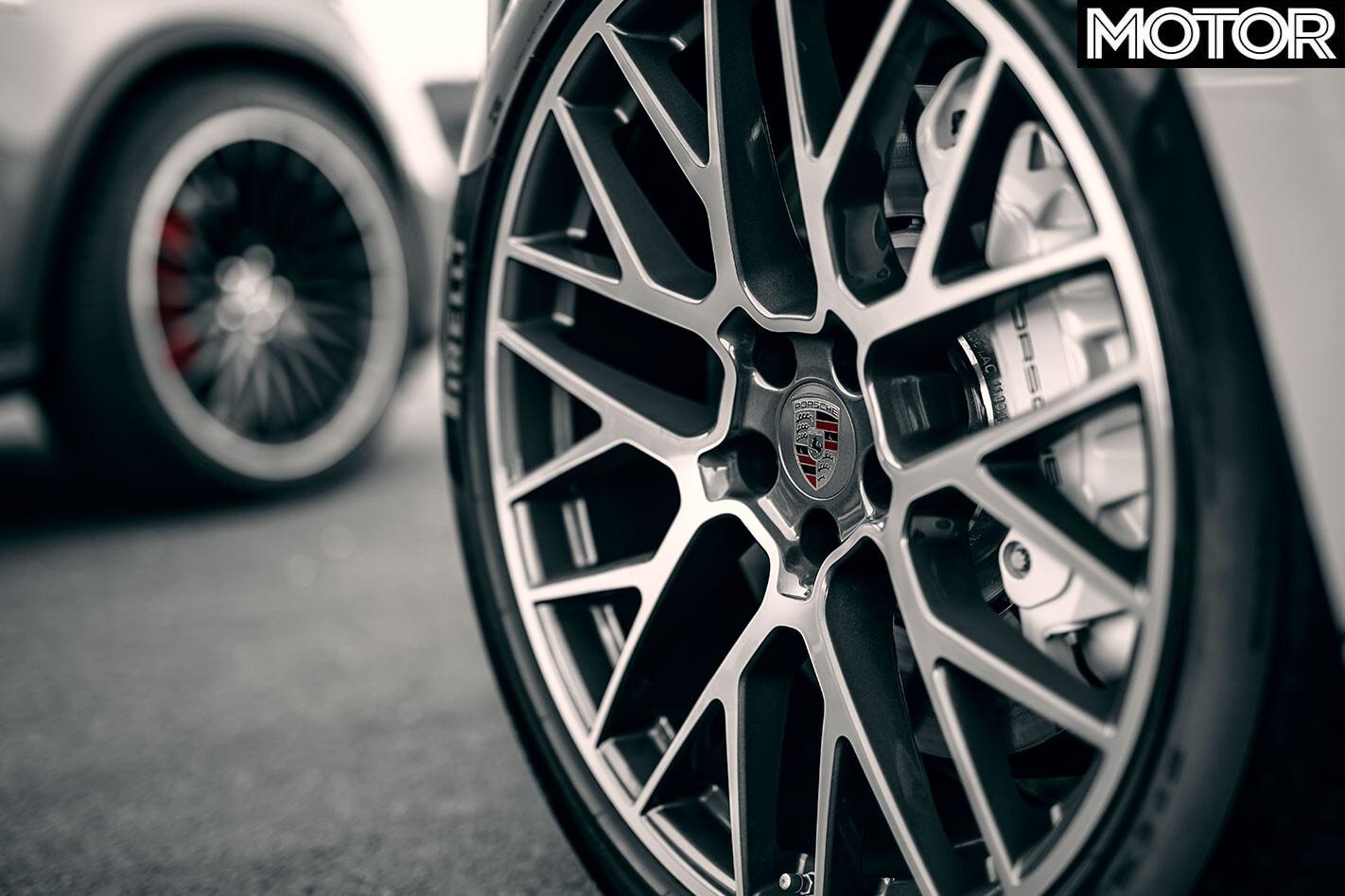 Porsche Macan Turbo wheel