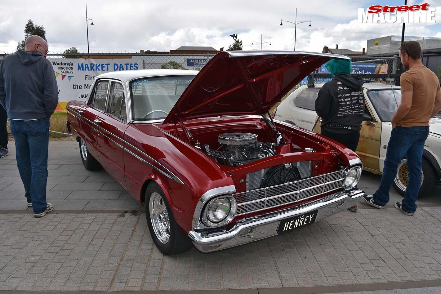 Ford XM Futura sedan