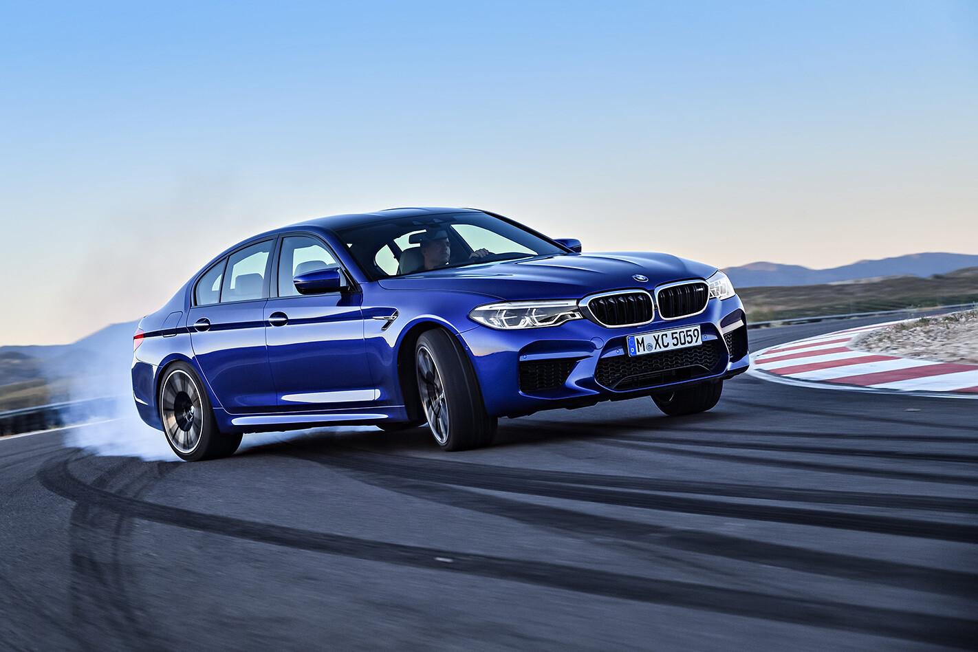 2018 BMW M5 steering