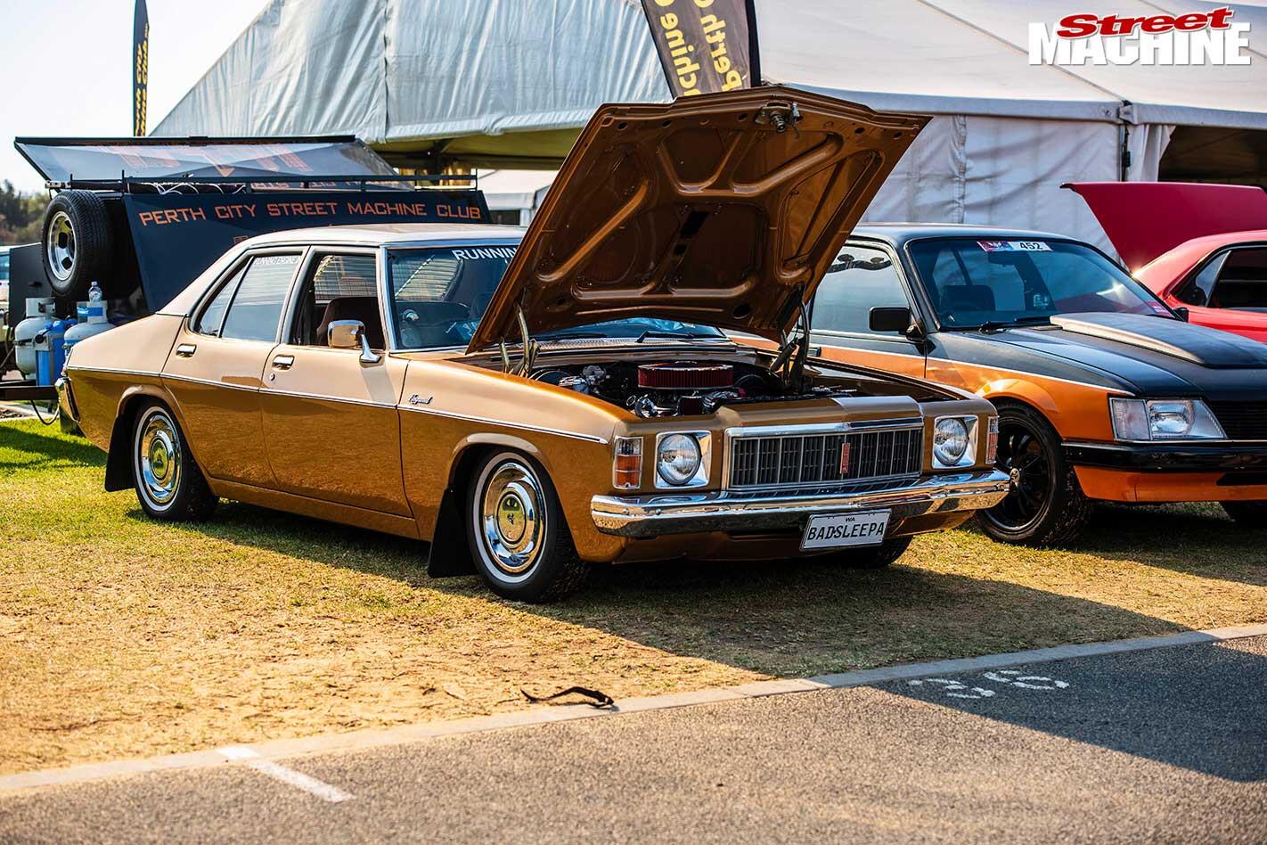 Holden HX Kingswood