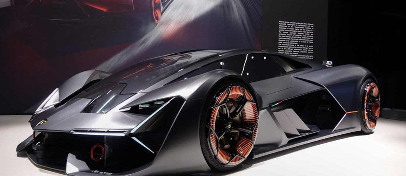 Lamborghini readies first hybrids never to full electric