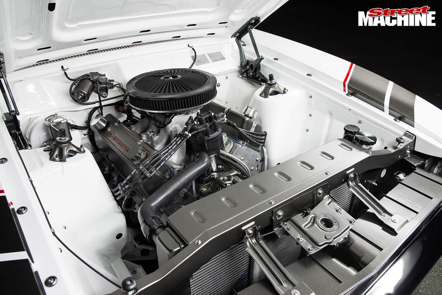 Ford Falcon FAT XB engine bay