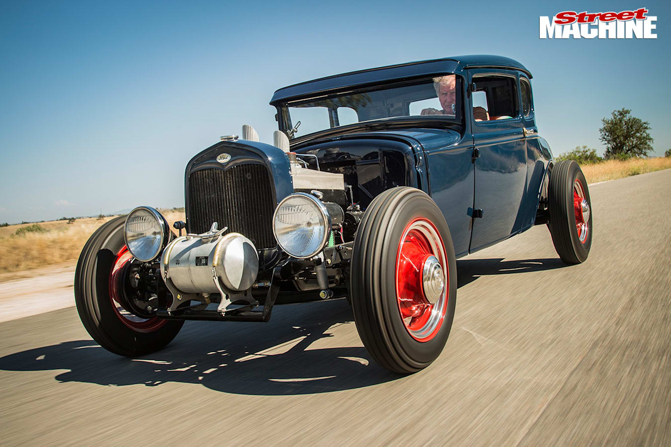 Ford Model A coupe onroad