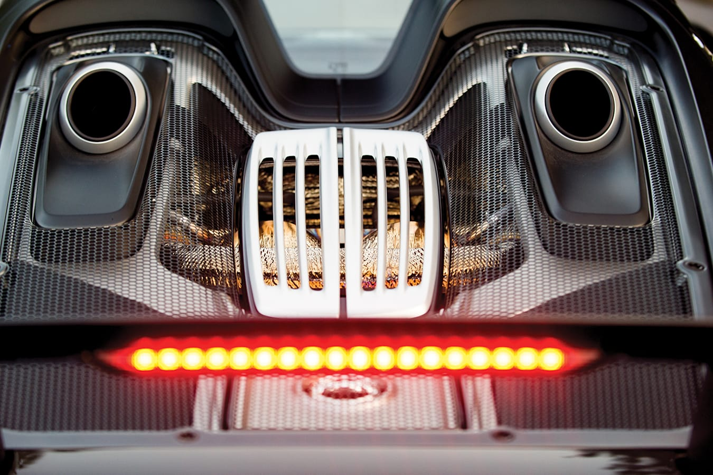 Porsche 918 Exhausts Jpg