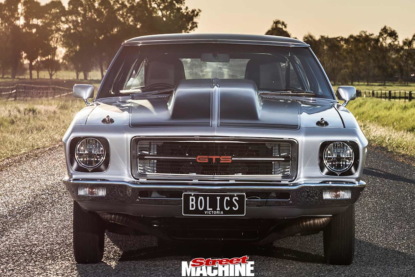 Holden HQ Monaro GTS front