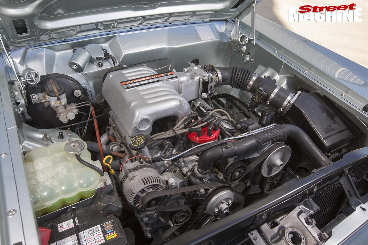 Ford -XY-Falcon -engine -bay