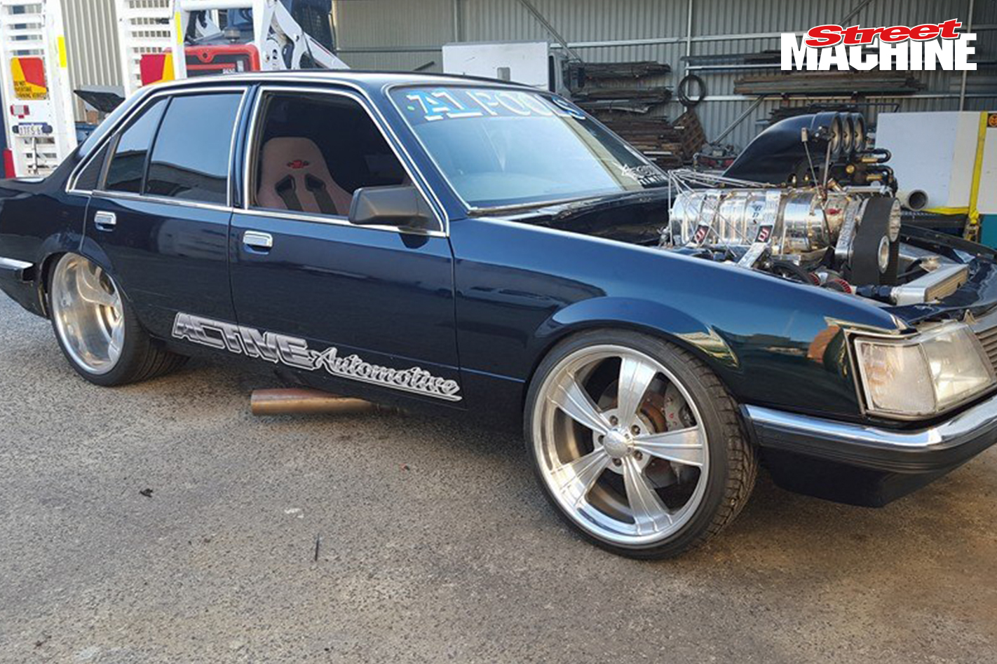 VH Commodore Burnout PARALINES 6 Nw