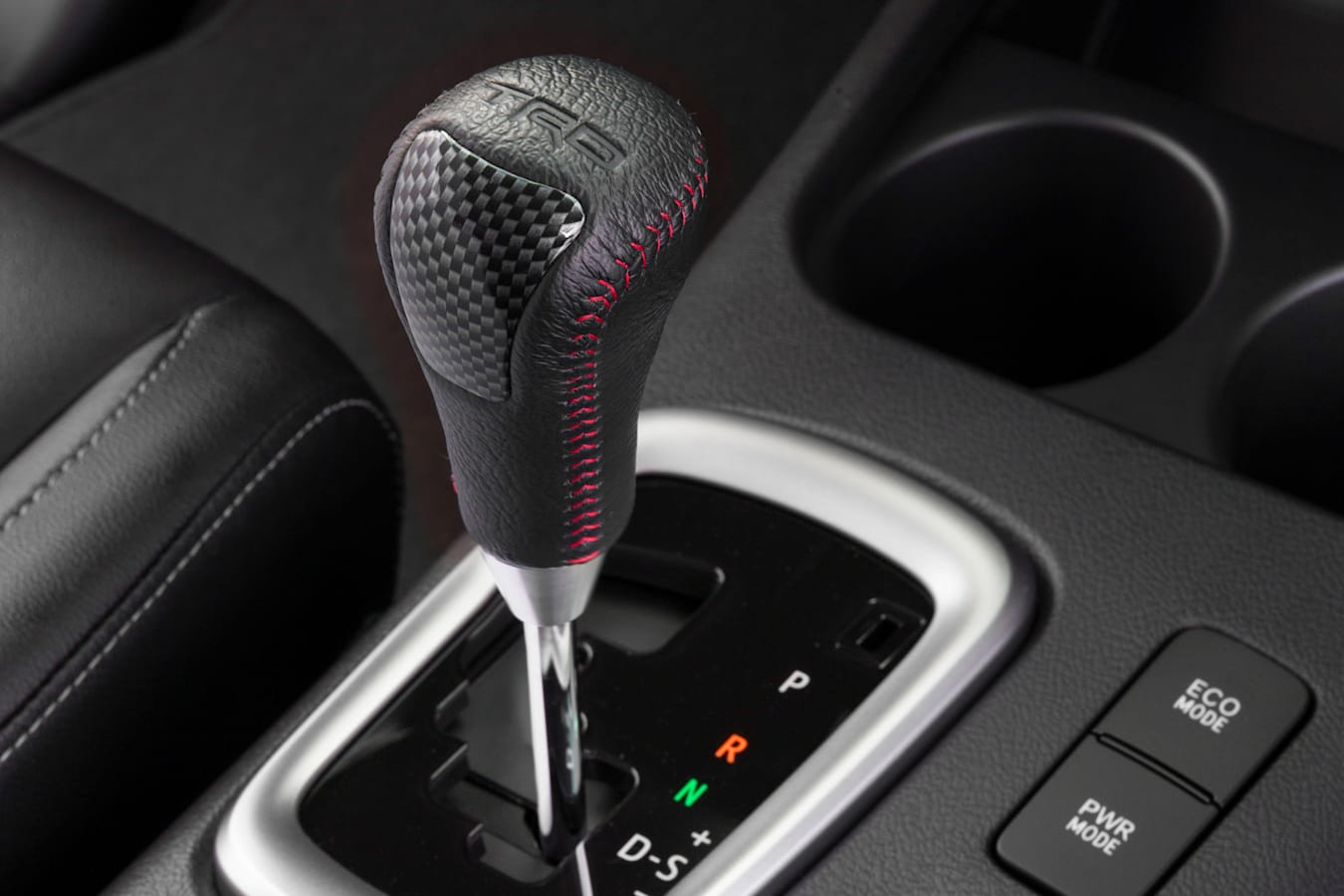 2017 Toyota Hilux TRD gear knob
