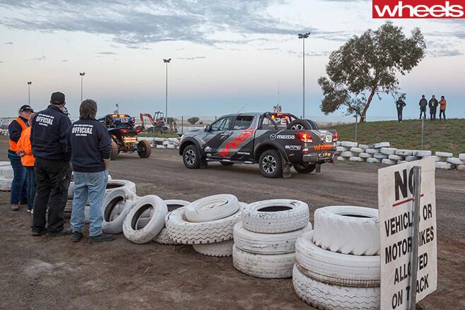 Mazda -BT-50-prepared -for -Finke -Desert -Race