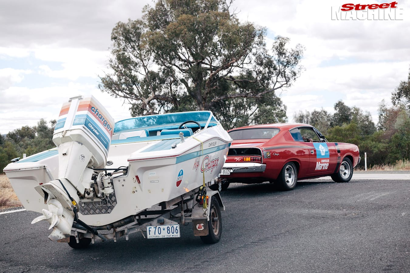Charger -towing -boat -trailer -cotm