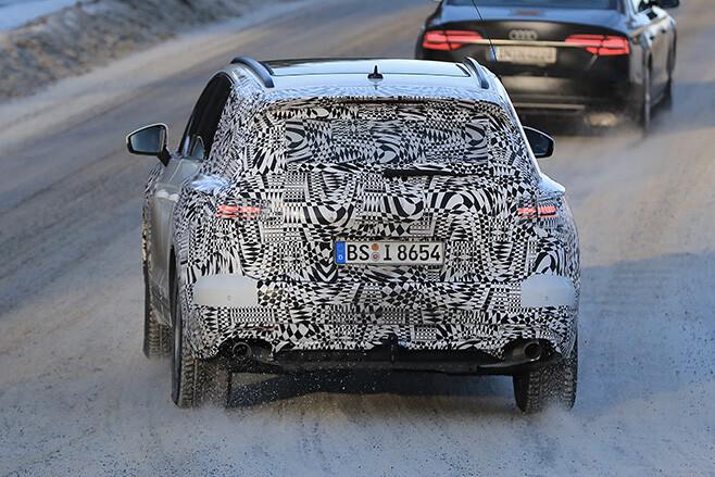 2017 Volkswagen Touareg rear driving