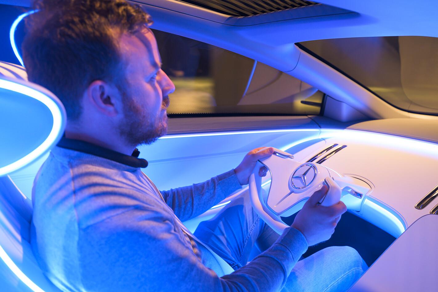 2020 Mercedes-Benz EQS concept - driving experience