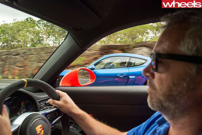2016-Porsche -911-GT3-RS-driving -stephen -corby