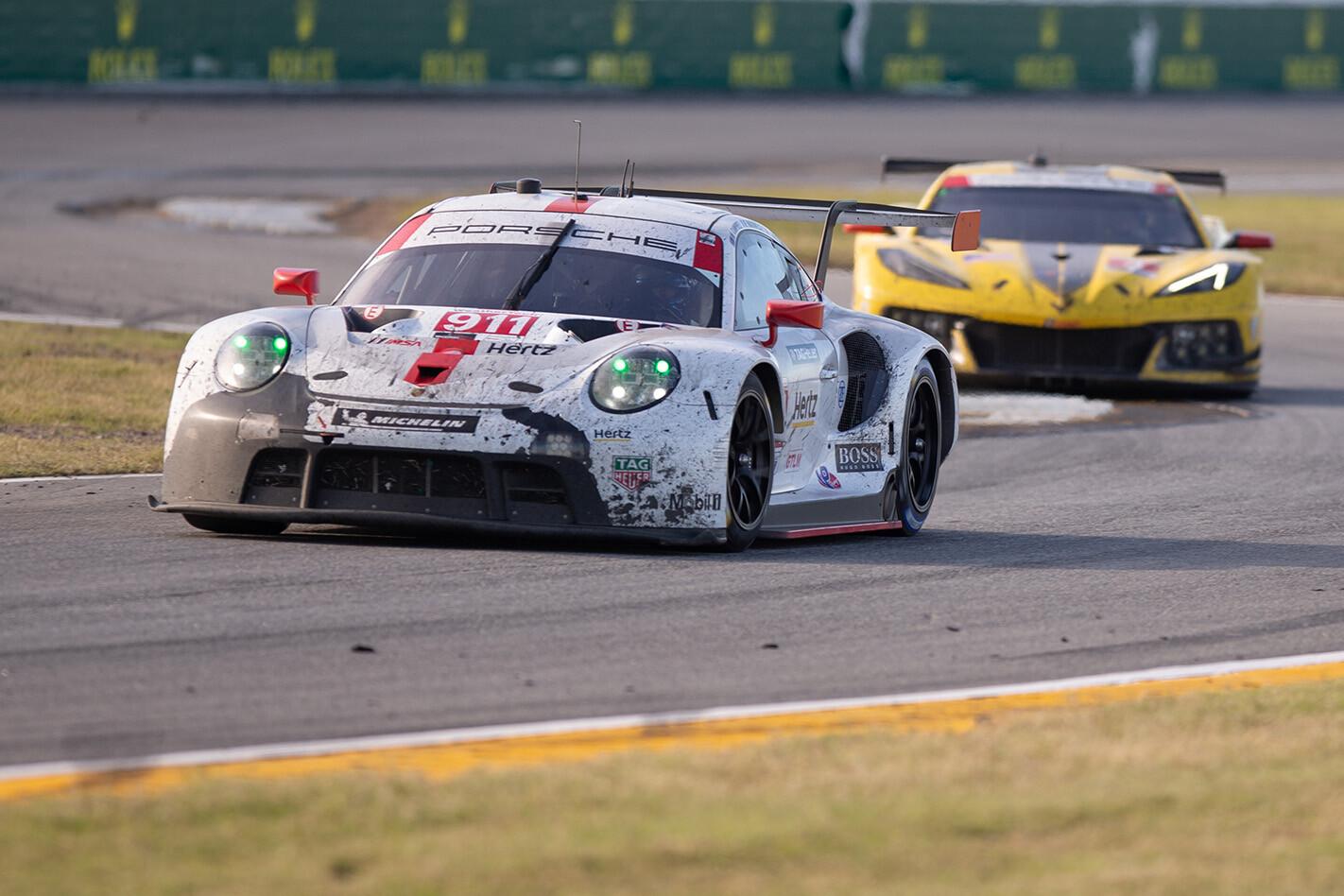 Porsche 911 RSR GTE Chevrolet Corvette C 8 R Daytona Jpg