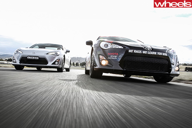 Toyota -86-GTS-vs -Toyota -86-Race -Car -front -driving