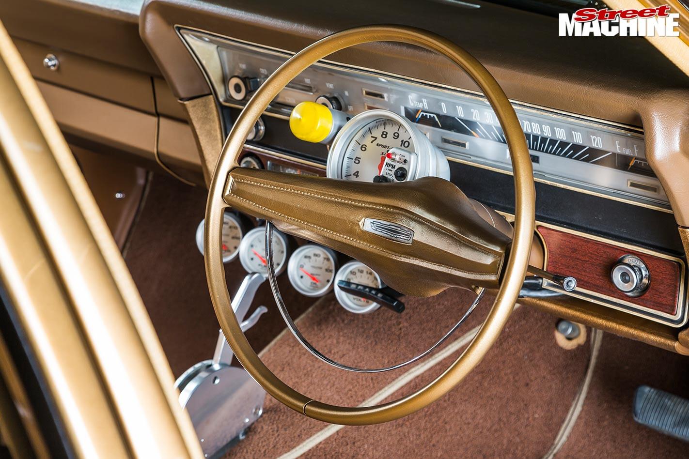 Ford ZC Fairlane dash