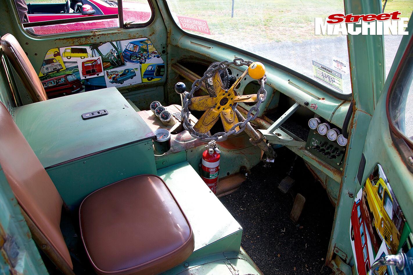 Slug -steering -wheel