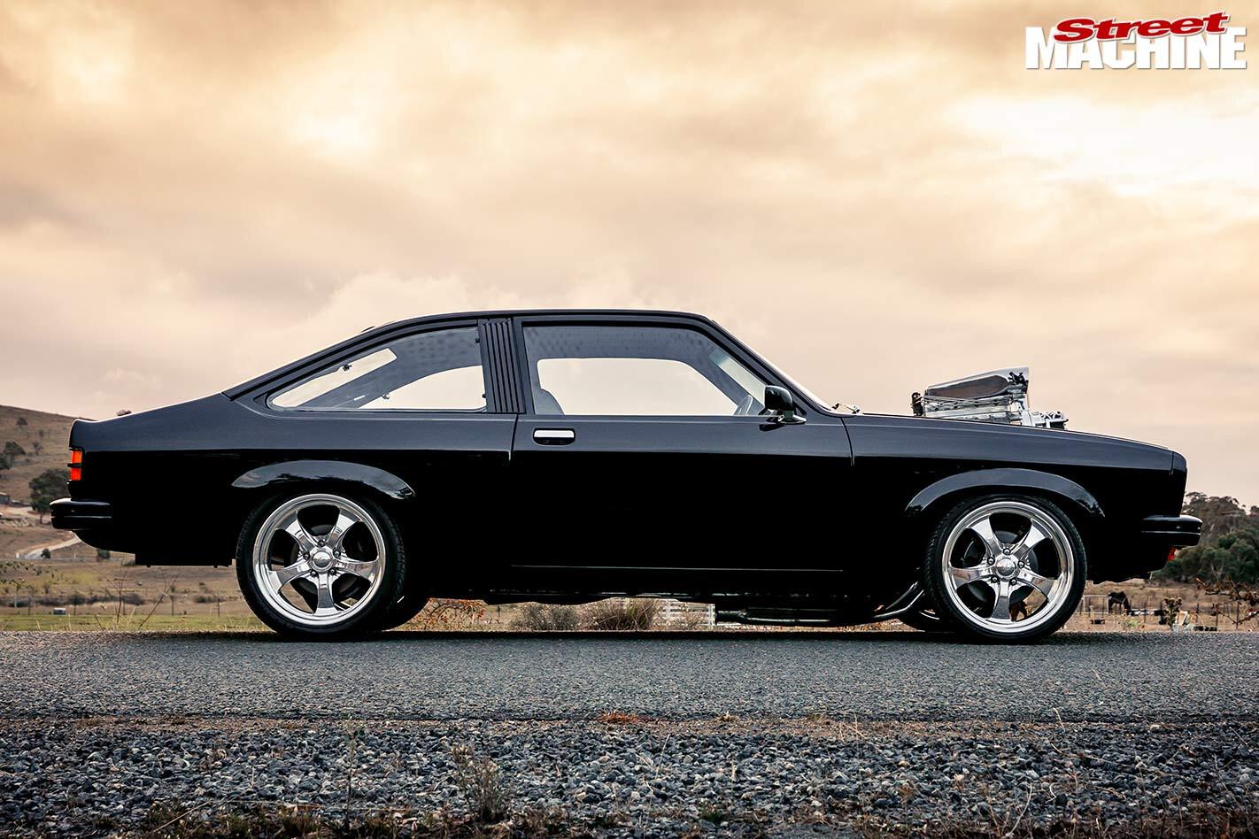 Holden LX Torana side