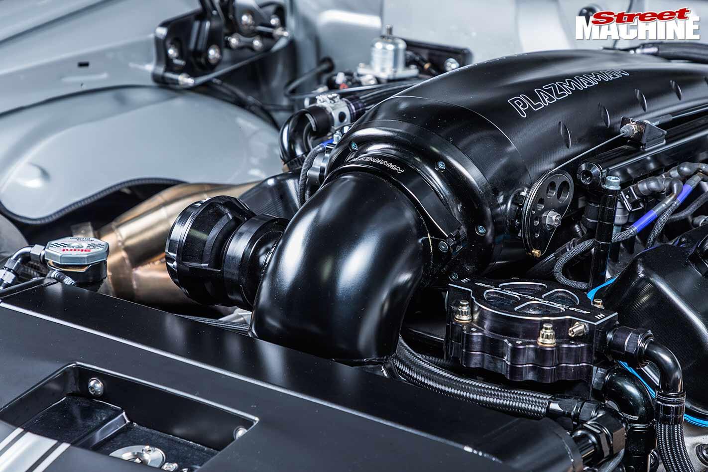 Holden HQ Monaro GTS engine bay