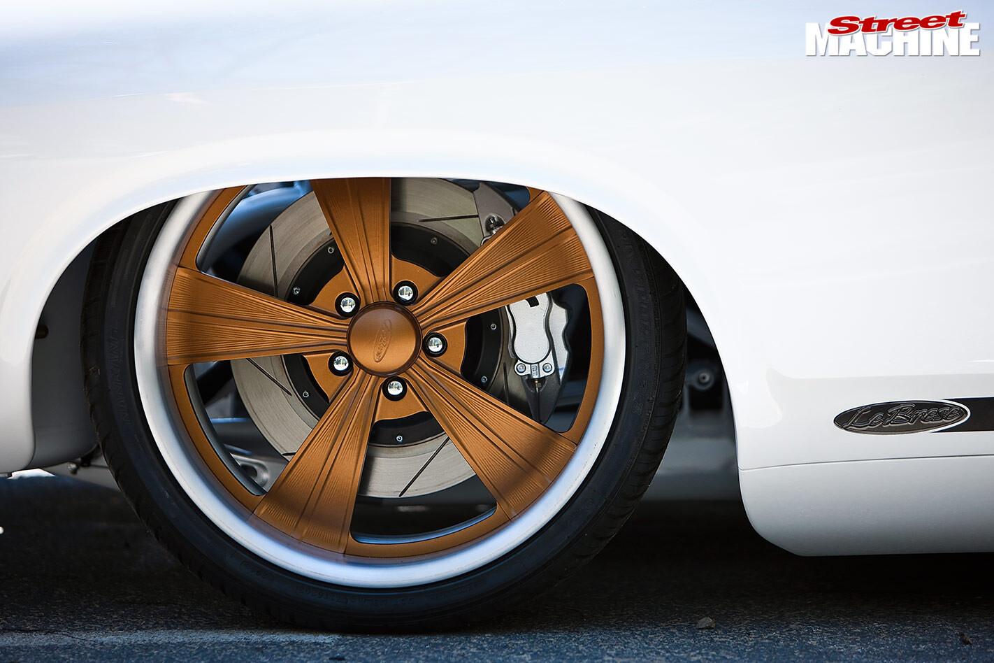 Ford Falcon XC wheel
