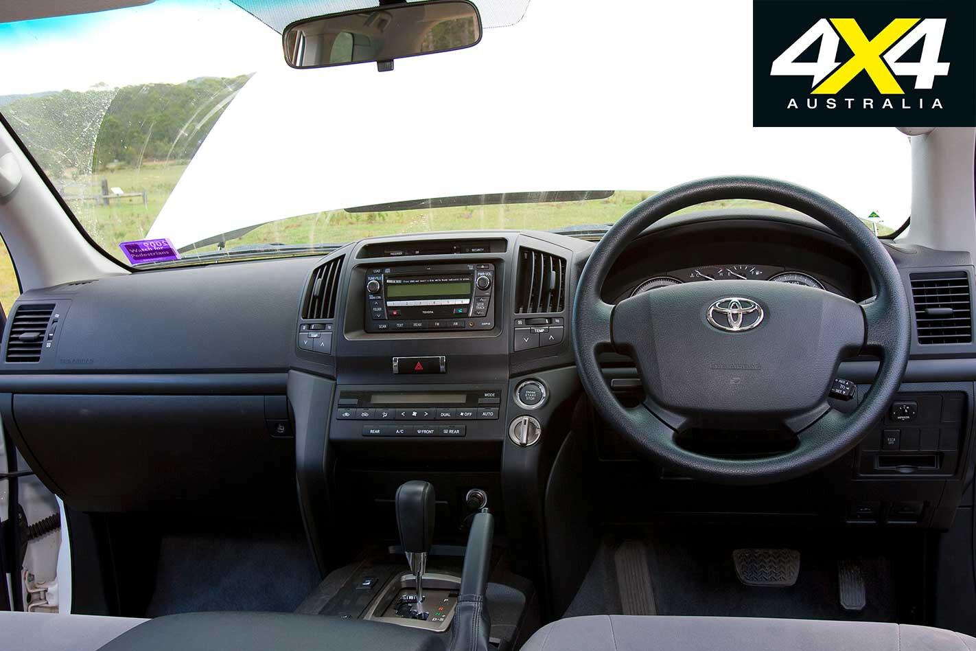 2009 Toyota Land Cruiser 200 Interior Jpg