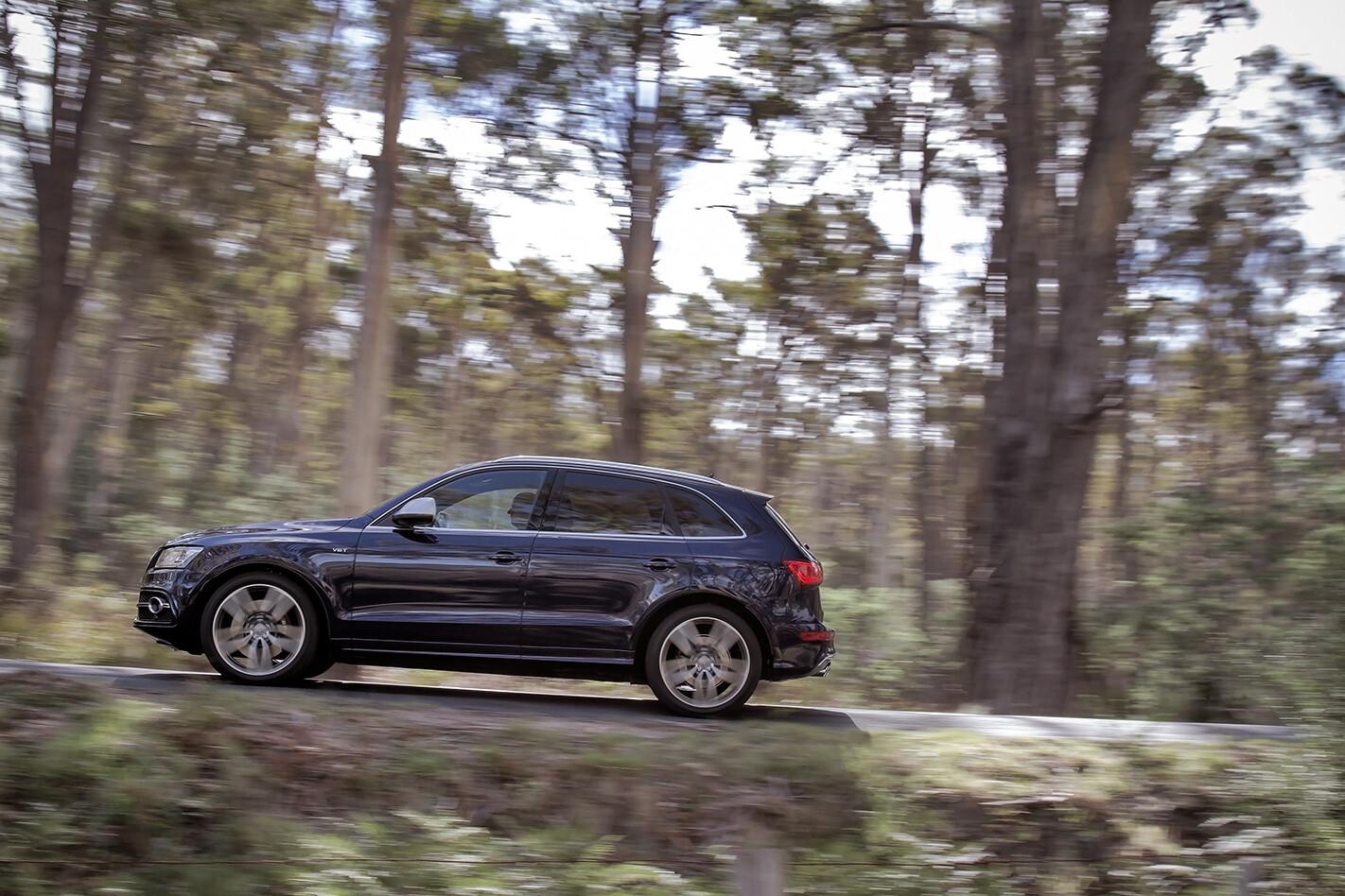 Audi SQ5 side.jpg