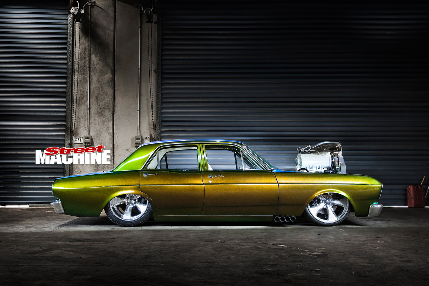 Ford -Falcon -XR-atriskside -view