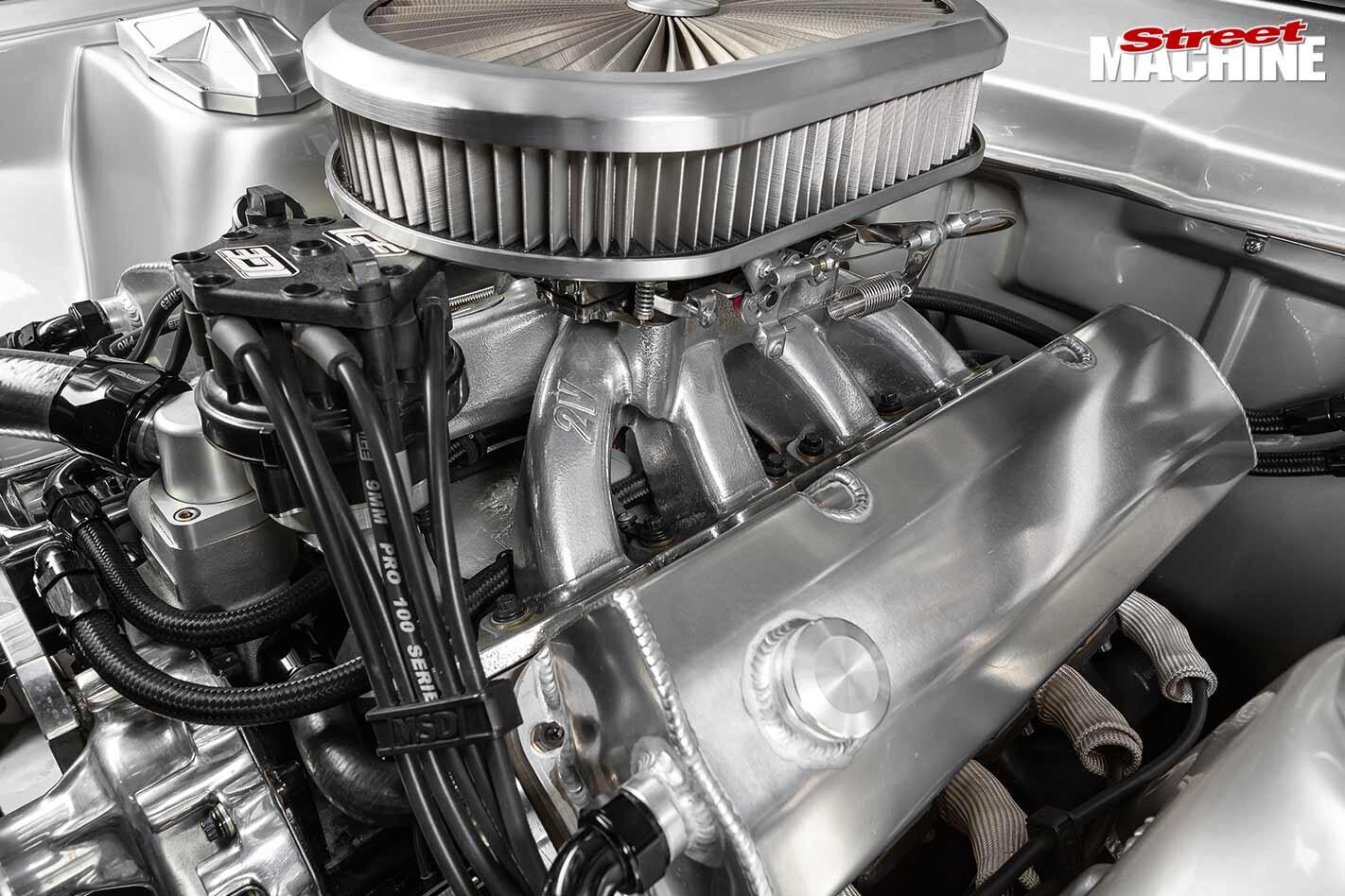 Ford Falcon XB engine bay
