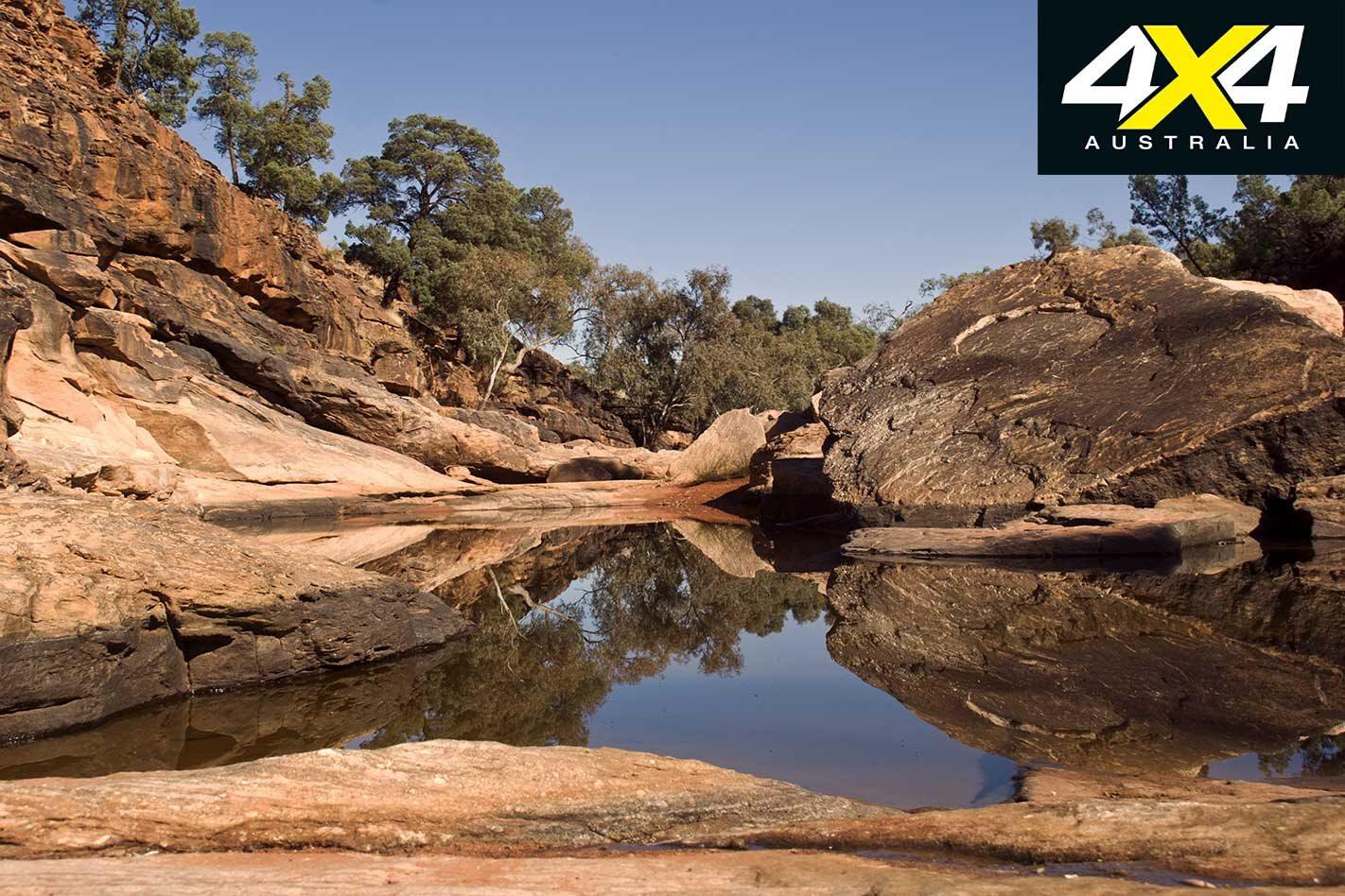 Mungo and Mutawintji NSW explore feature canyon