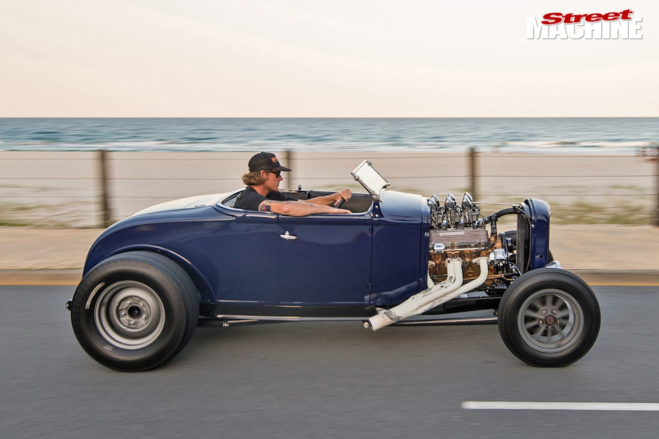 Ford Model A roadster onroad