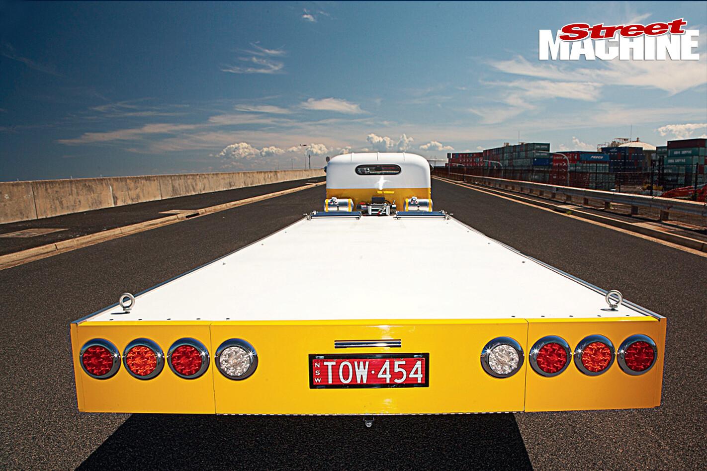 Chev -tow -truck -rear