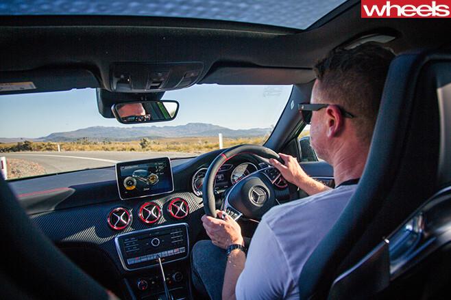 Mercedes -AMG-Interior -driving