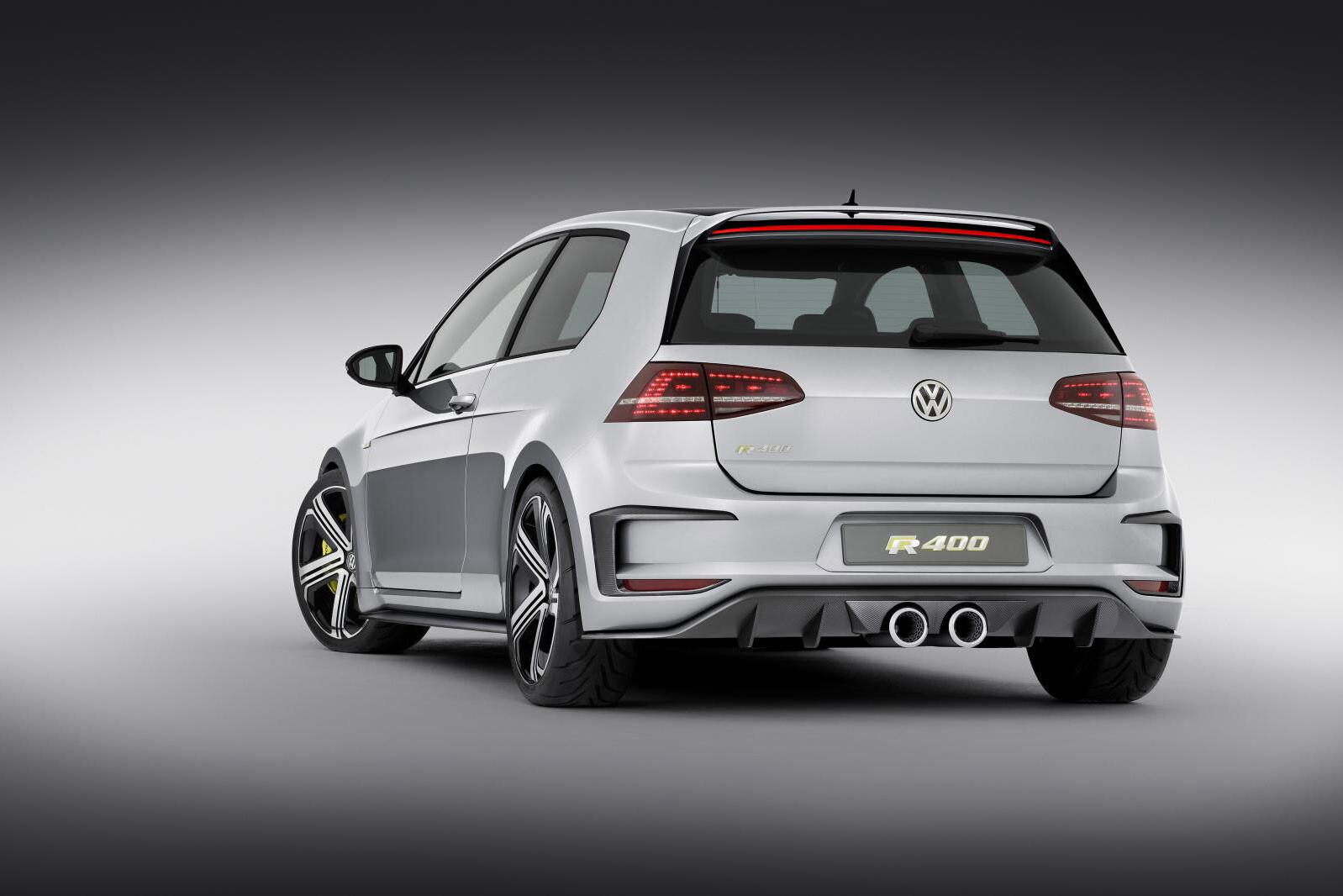 658_Volkswagen -Golf -R400-concept -rear