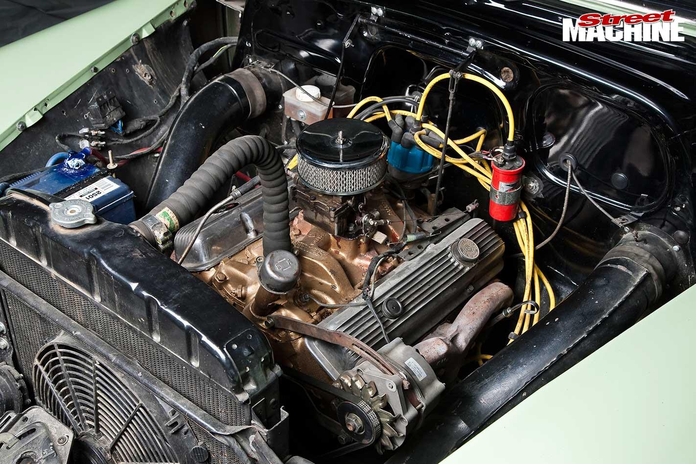 Chev sedan engine bay