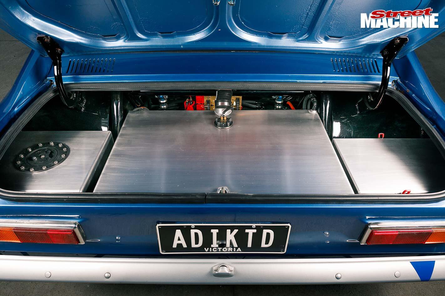 Ford Capri boot